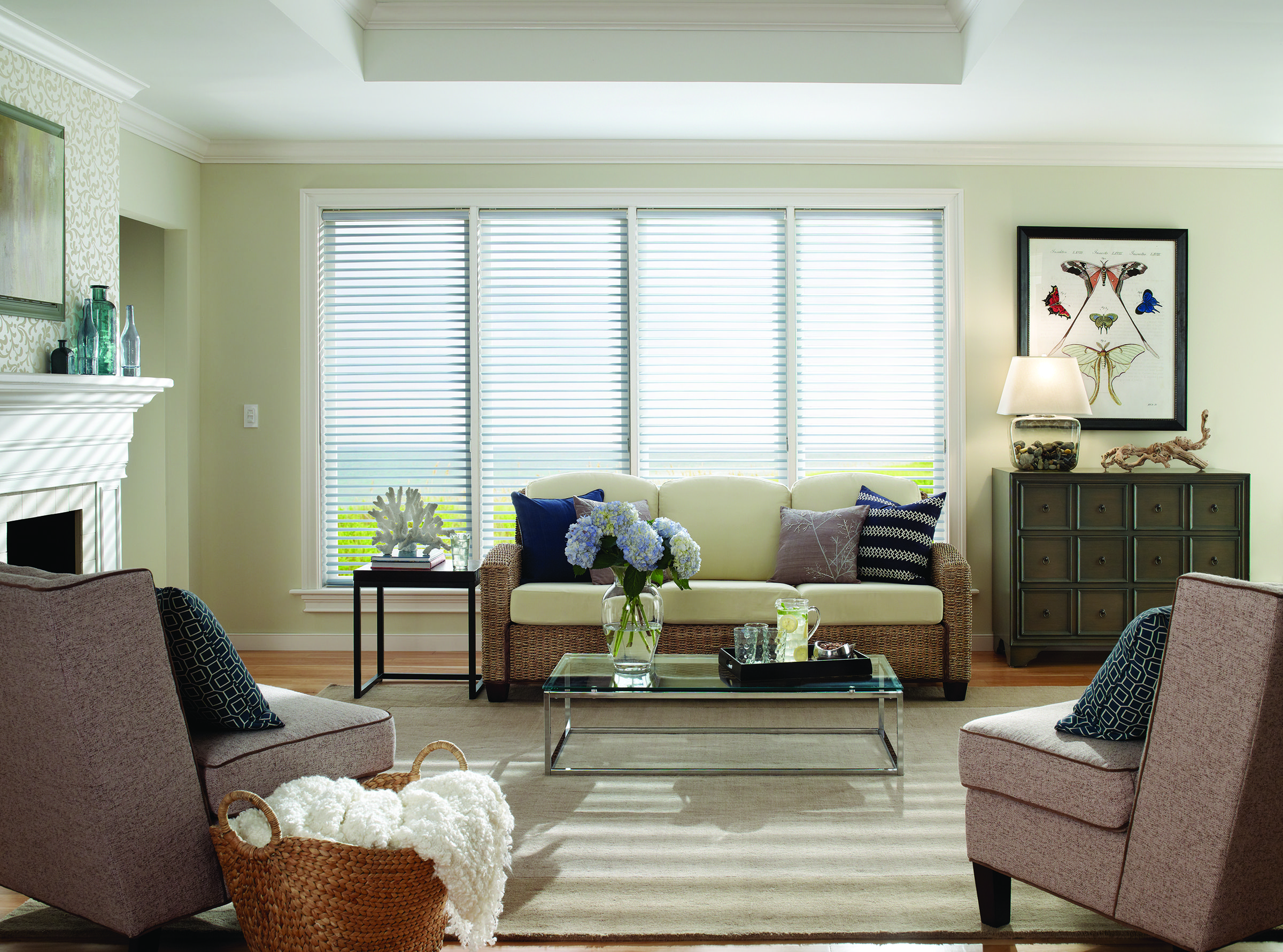 How to choose blinds for your apartment